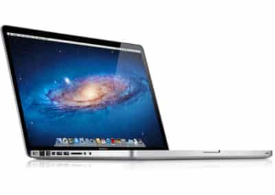 Macbook Pro(15-inch,Late 2011) – £899